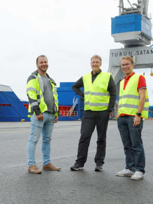 Fish feed transport chain leads from Denmark to Turku – Aboard
